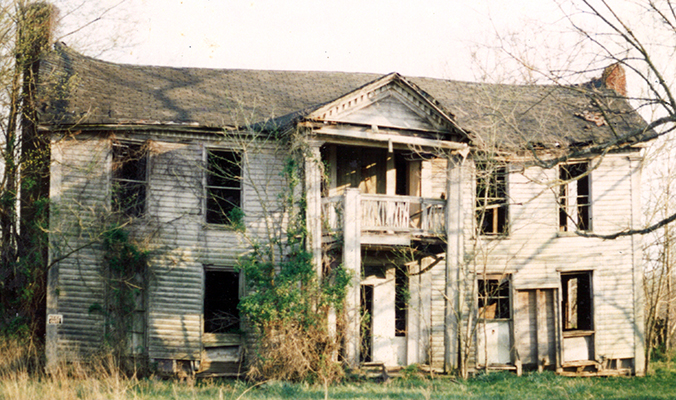The ante-bellum Laws-Pearson House, in the late 1970's, was located near Beaver School. Photo provided by W. Clay Crook