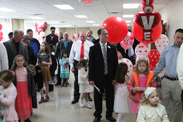 The Carl Perkins Center sponsored another successful Daddy-Daughter Dance. Photo provided by Kim Hendrix.