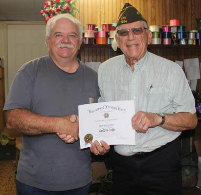 Herndon receives vfw certificate of appreciation lexington progress herndon receives vfw certificate of appreciation yelopaper Images