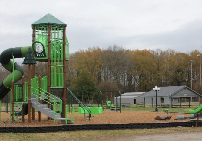 The playground at the Parkers Crossroads City Park is now open for public use. Photo by: W. Clay Crook / The Lexington Progress