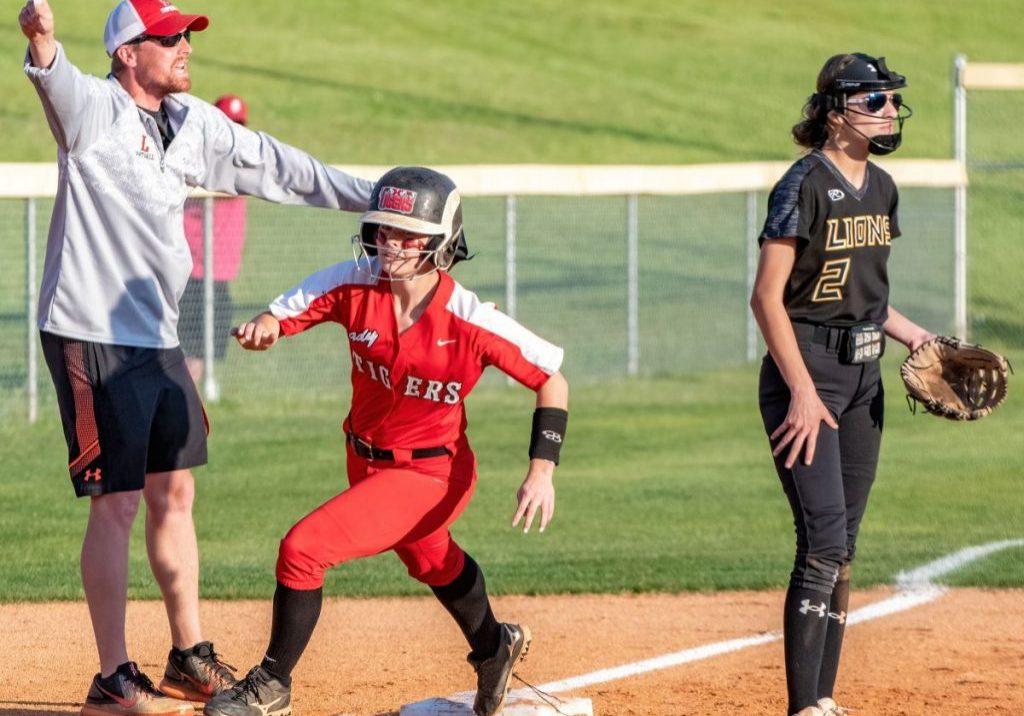 Lexington High School Lady Tigers Softball Photo by: Phil Blakley / The Lexington Progress